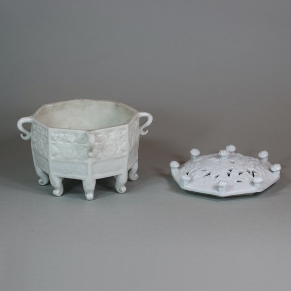 Chinese blanc de chine 'Marco Polo' censer and cover, Kangxi (1662-1722) - image 8