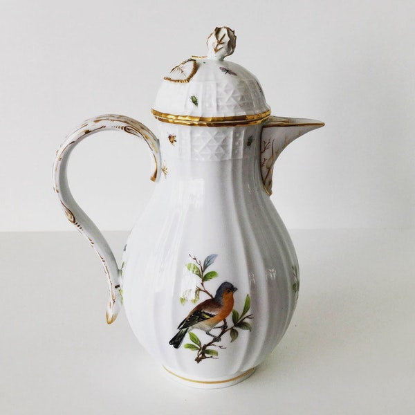 Meissen ornithological coffee pot and cover - image 2