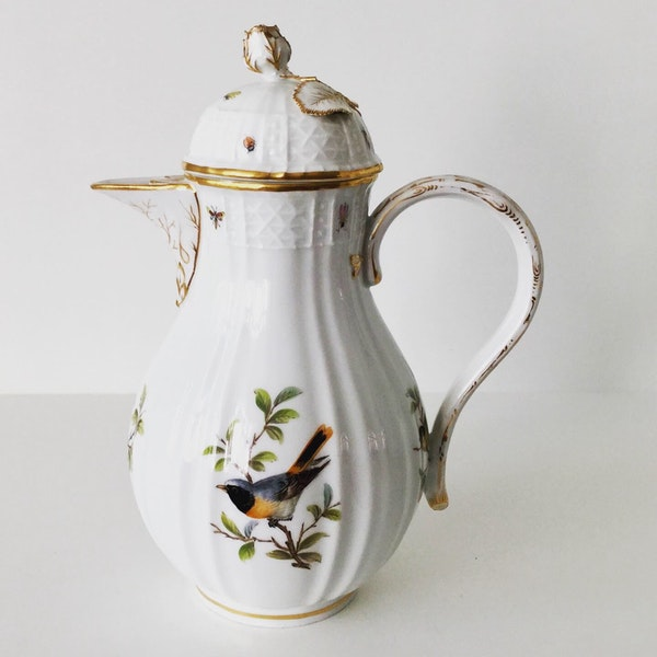 Meissen ornithological coffee pot and cover - image 1