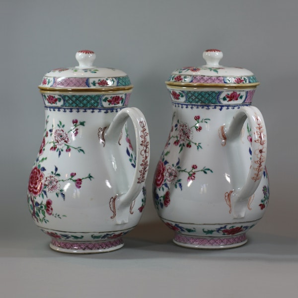 Pair of large Chinese famille rose jugs and covers, Qianlong (1736-95) - image 3