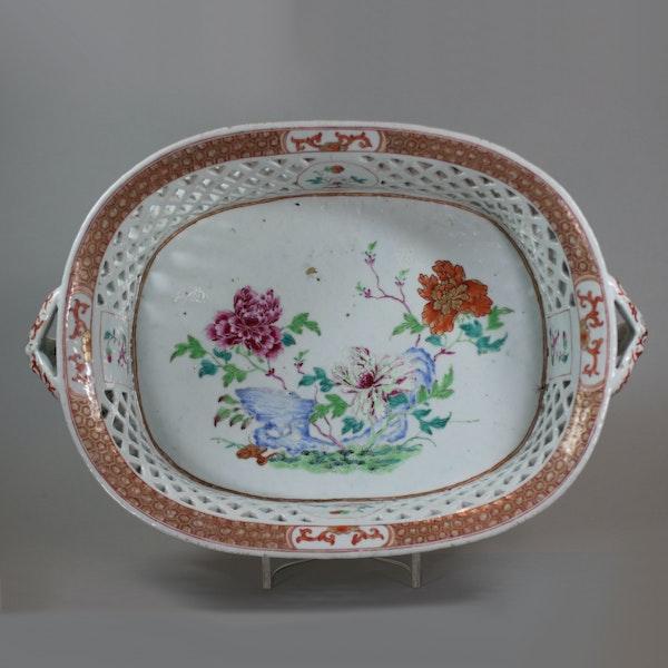 Chinese famille rose basket, Qianlong (1736-95) - image 1