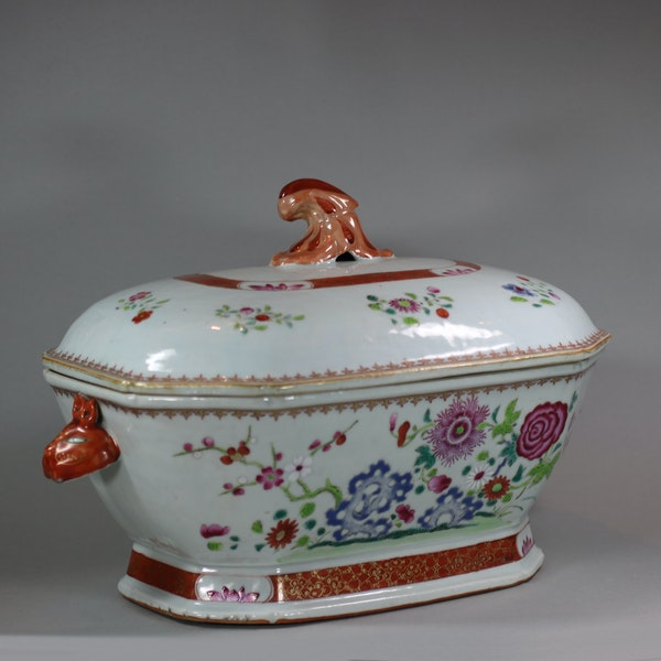 Large Chinese octagonal famille rose tureen and cover, Qianlong (1736-95) - image 7