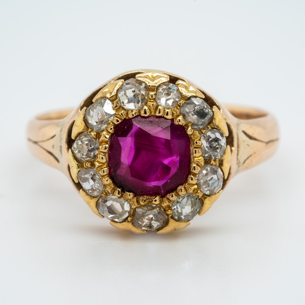 Antique gold ruby and diamond cluster ring - image 1