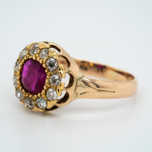 Antique gold ruby and diamond cluster ring - image 3