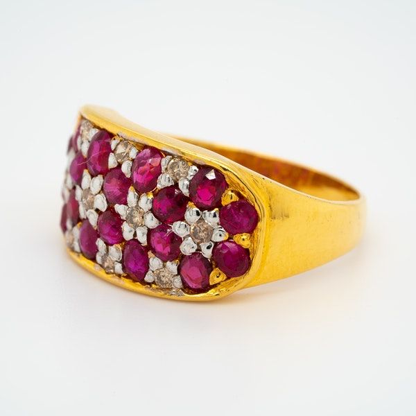 Edwardian ruby and diamond oval cluster ring - image 3