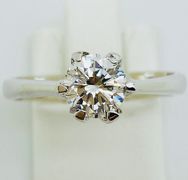 18K white gold, 0.75ct Diamond Solitaire Engagement Ring - image 4