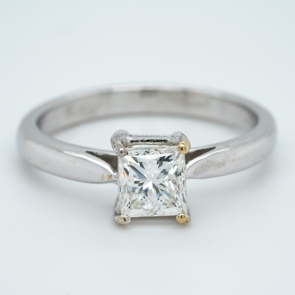 18K white gold 1.03ct Diamond Solitaire Engagement Ring. - image 1