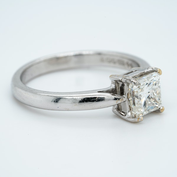 18K white gold 1.03ct Diamond Solitaire Engagement Ring. - image 2