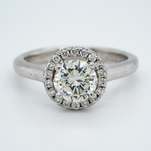 18K white gold 1.05ct Diamond Engagement Ring - image 1