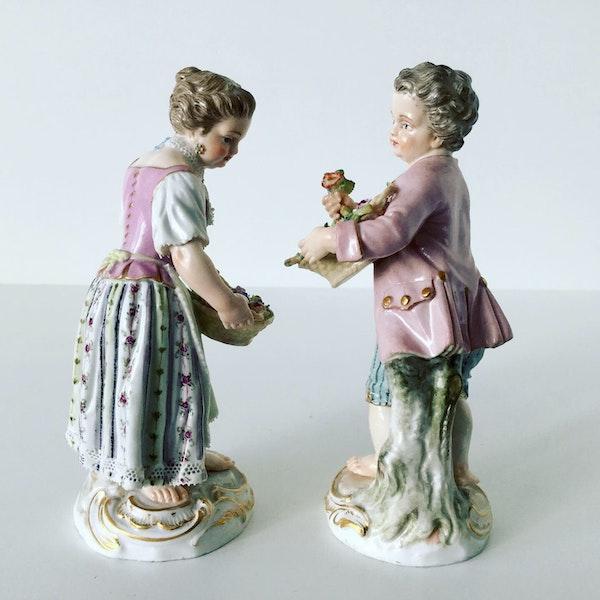 Pair of Meissen figures - image 2