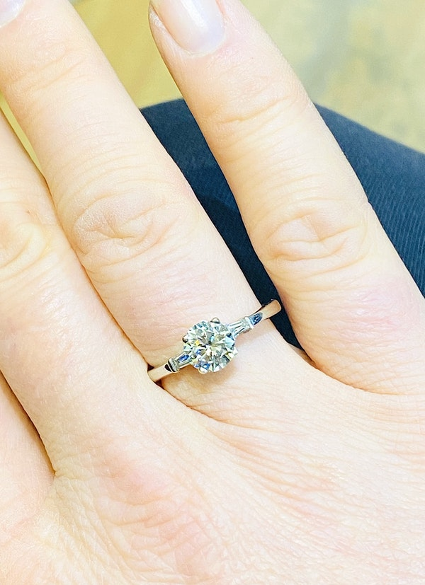 18K white gold 1.10ct Diamond Solitaire Engagement Ring - image 2