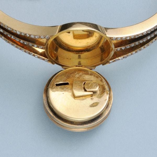 DIAMOND SET GOLD BRACELET WATCH - image 4