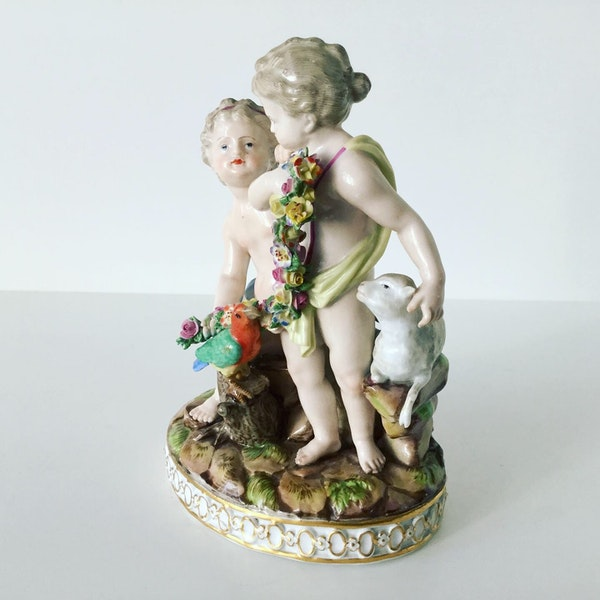 Meissen group of putti - image 4