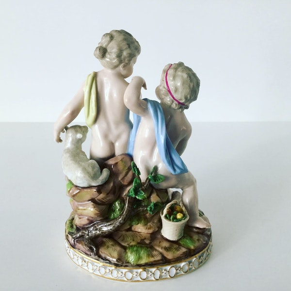 Meissen group of putti - image 5