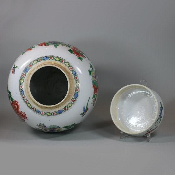Chinese famille-verte ginger jar and cover, Kangxi (1662-1722) - image 7
