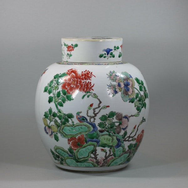 Chinese famille-verte ginger jar and cover, Kangxi (1662-1722) - image 1