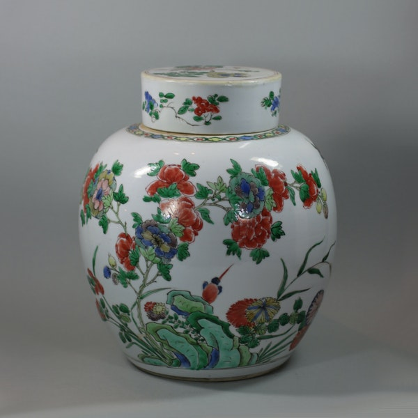 Chinese famille-verte ginger jar and cover, Kangxi (1662-1722) - image 3