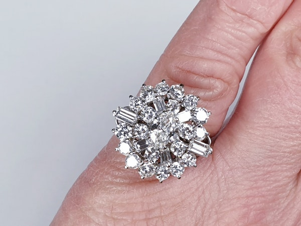 Stunning Diamond Cluster Ring  DBGEMS - image 3
