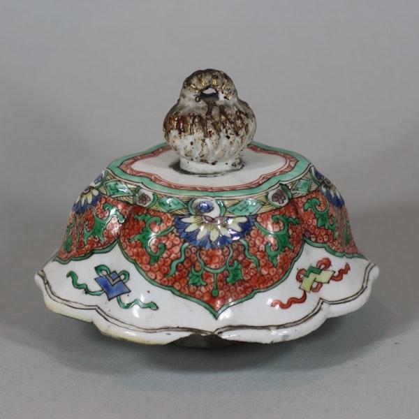 Chinese famille-verte multi-faceted vase Kangxi (1662-1722) - image 8