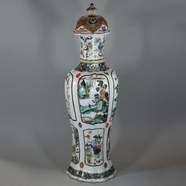 Chinese famille-verte multi-faceted vase Kangxi (1662-1722) - image 2