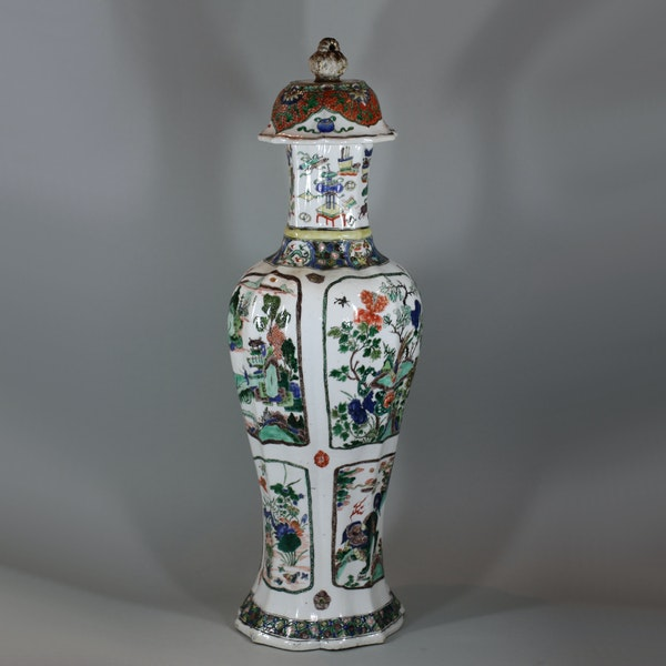 Chinese famille-verte multi-faceted vase Kangxi (1662-1722) - image 1