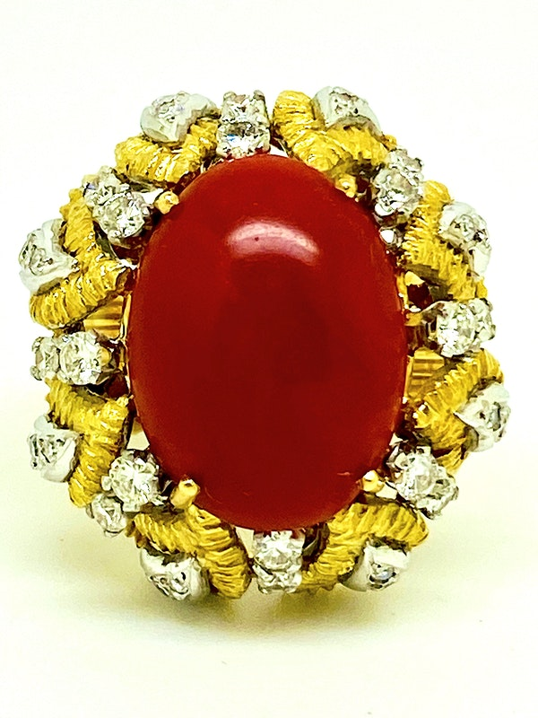 18K yellow gold Diamond and Coral Ring - image 1