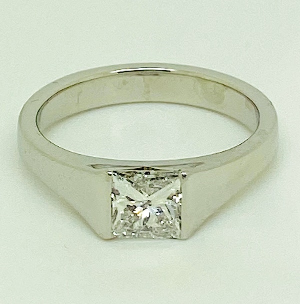 Platinum, 0.90ct Diamond Solitaire Engagement Ring - image 4