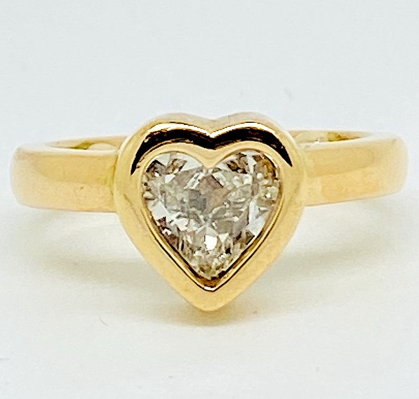 18K yellow gold, 1.16ct Diamond Solitaire Engagement Ring - image 6