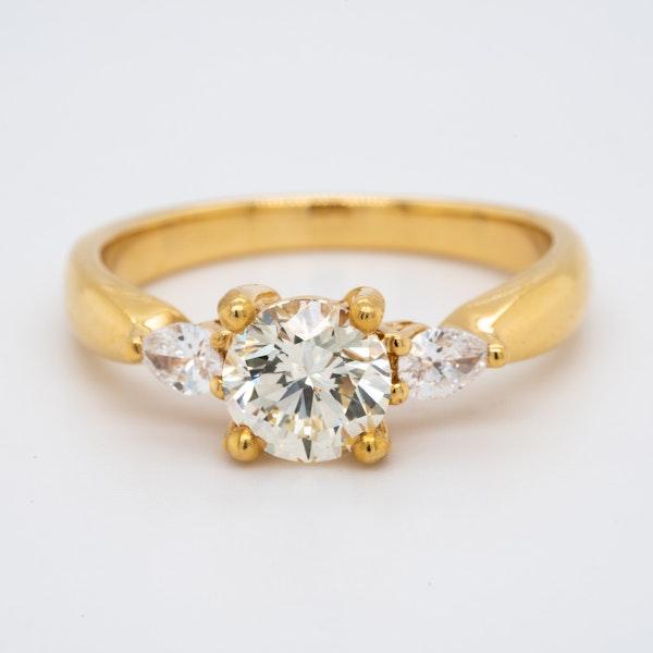 18K yellow gold 1.00ct Diamond Engagement Ring - image 1