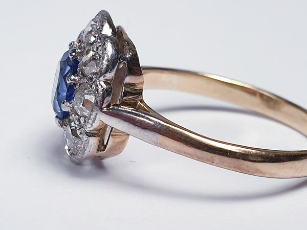 Ceylon sapphire and diamond cluster engagement ring  DBGEMS - image 3