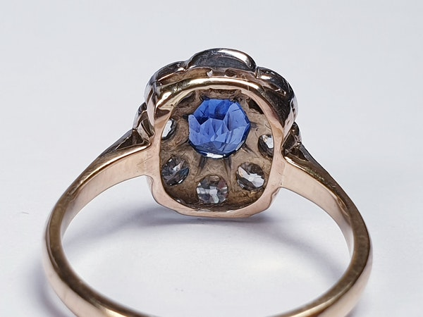 Ceylon sapphire and diamond cluster engagement ring  DBGEMS - image 5