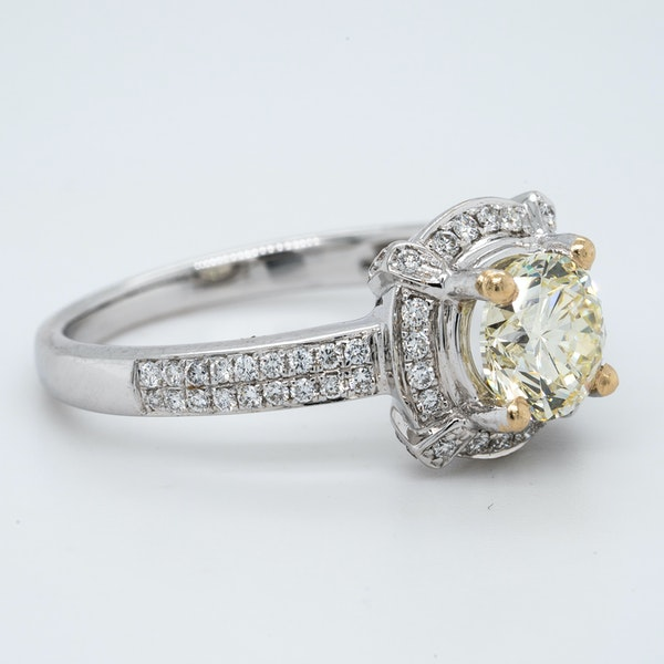 18K white gold 1.02ct (+0.60ct) Diamond Engagement Ring - image 2