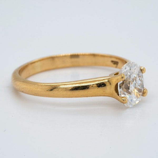 18K yellow gold 1.00ct Diamond Solitaire Engagement Ring - image 2