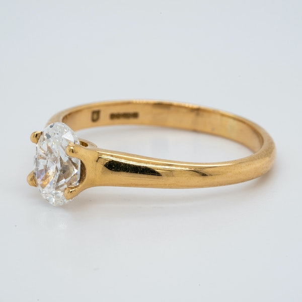 18K yellow gold 1.00ct Diamond Solitaire Engagement Ring - image 3