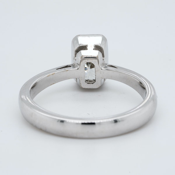 18K white gold 1.06ct Diamond Solitaire Engagement Ring - image 4