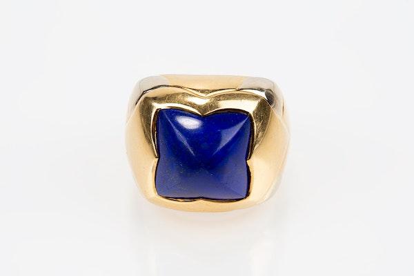 Vintage Bulgari Lapis Lazuli and 18 karat Gold Ring, Italian circa 1970. - image 2