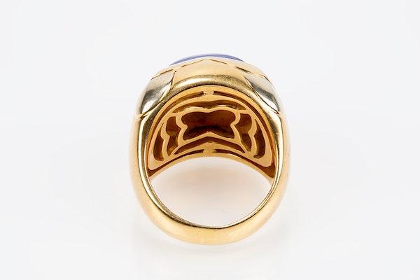 Vintage Bulgari Lapis Lazuli and 18 karat Gold Ring, Italian circa 1970. - image 3