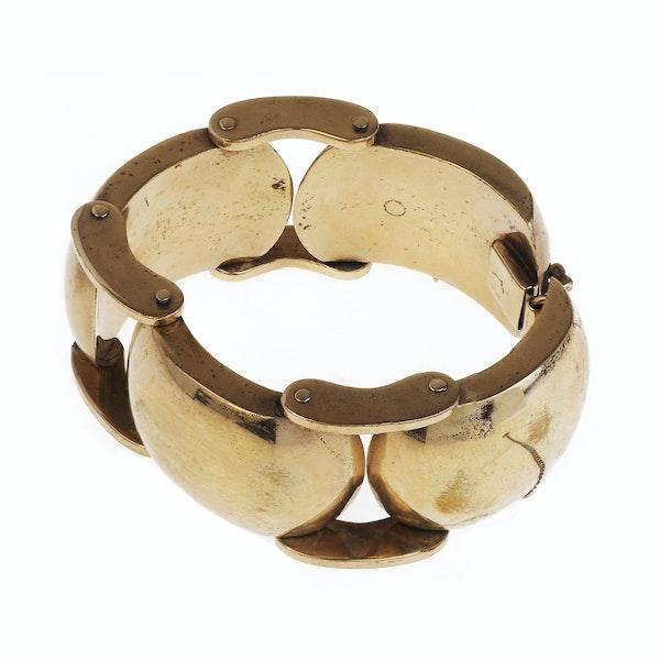 A Chunky Metal 1980s Bracelet - image 3