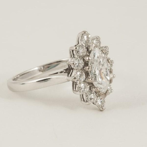 Vintage Single Marquise Cut Diamond Cluster Ring in 18 Carat Gold, English circa 1980. - image 2