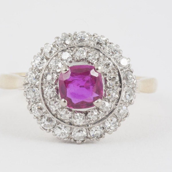Vintage Burma Ruby & 2 Row Diamond Cluster Ring in 18 Carat Gold, English circa 1950. - image 2