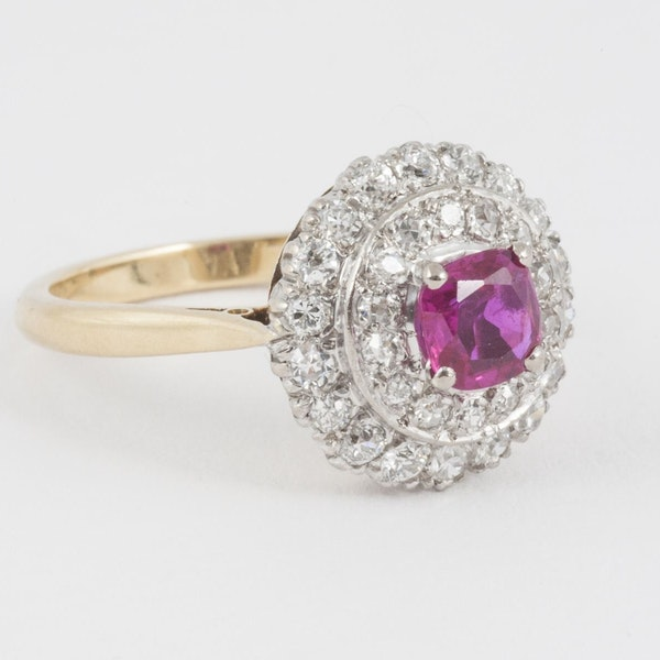 Vintage Burma Ruby & 2 Row Diamond Cluster Ring in 18 Carat Gold, English circa 1950. - image 1