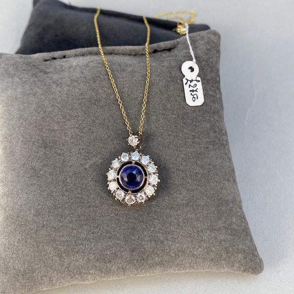Date circa 1910, 18ct Yellow/White Gold, Sapphire and Diamond stone set Ring, SHAPIRO & Co since1979 - image 4