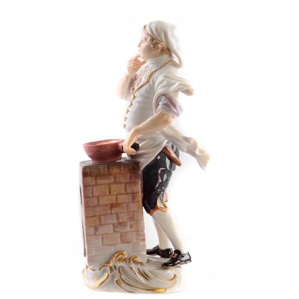 Meissen Cris de Paris figure - image 3