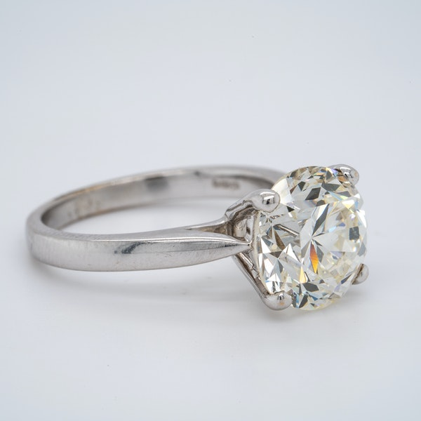 18K white gold 4.68ct Diamond Engagement Ring - image 2