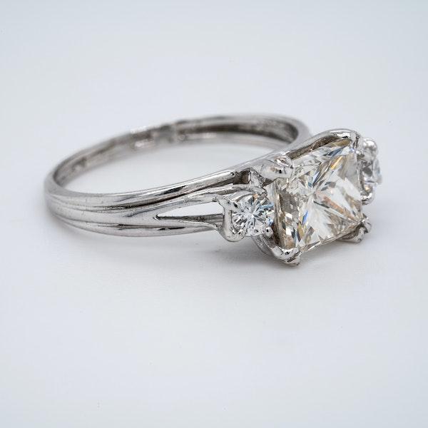 18K white gold 2.01ct Diamond Engagement Ring - image 2