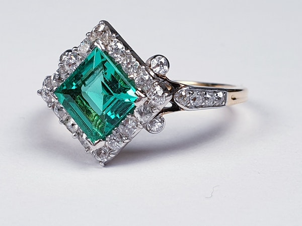 Terrific Edwardian Emerald and Diamond Ring  DBGEMS - image 2