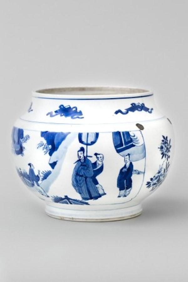 A BLUE AND WHITE JAR, KANGXI (1662 - 1722) - image 1
