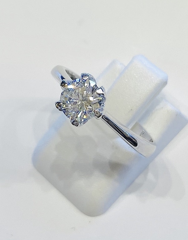 18K white gold, 0.75ct Diamond Solitaire Engagement Ring - image 5