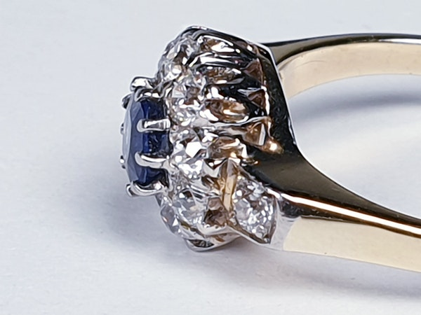 Antique Sapphire and Diamond Cluster Ring 2524   DBGEMS - image 5