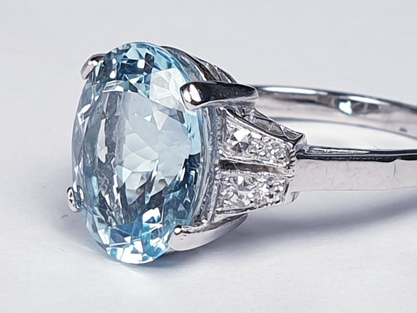 Oval aquamarine and diamond dress ring  DBGEMS - image 2